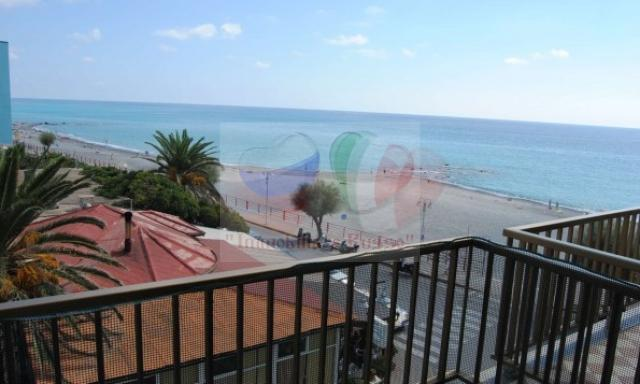 Appartement en Ligurie en bord de mer à Vallecrosia